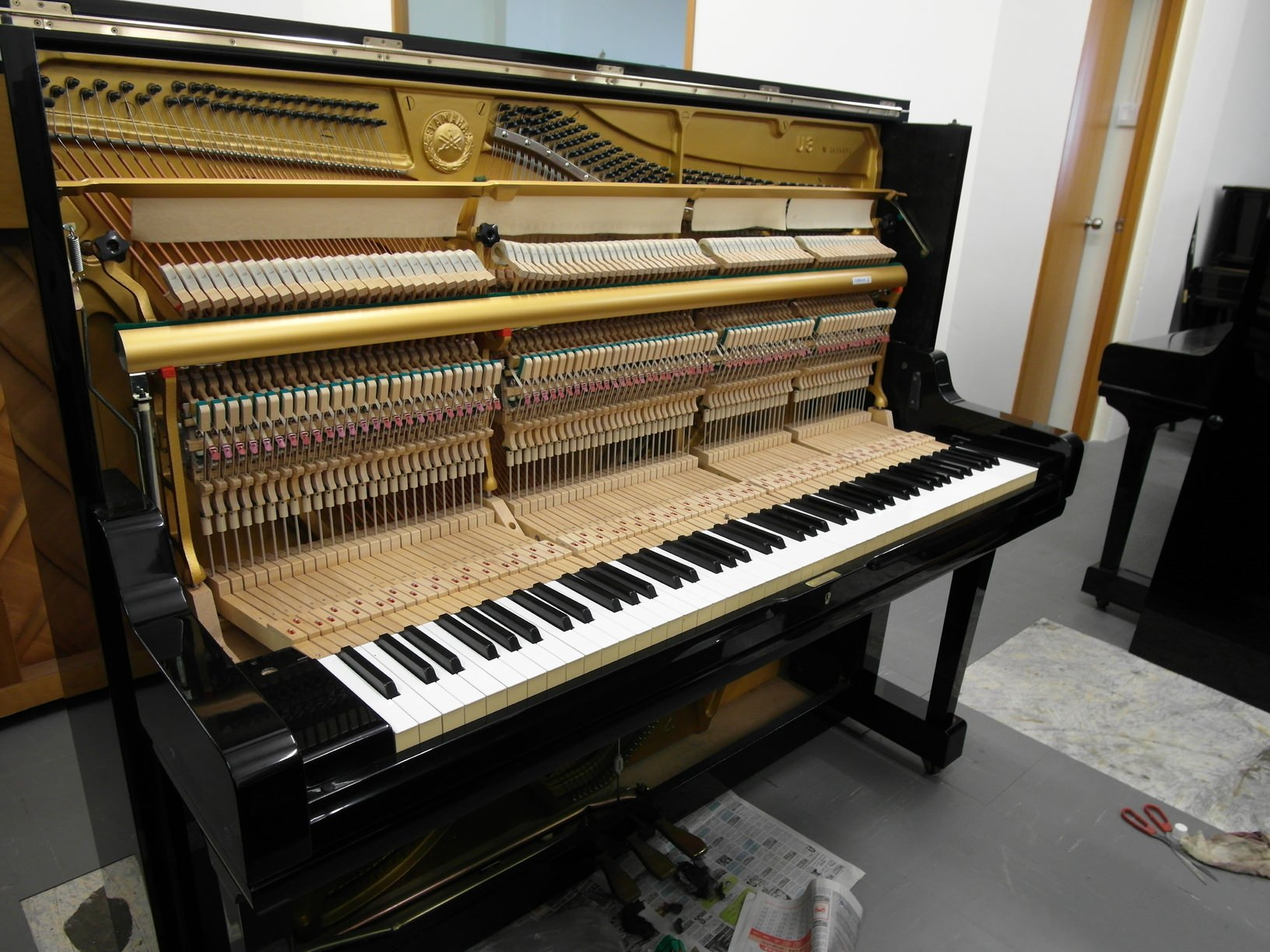 Quality used piano for sale in singapore free tuning for Yamaha piano com