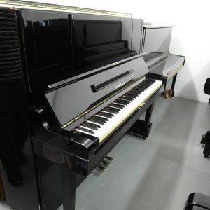 used yamaha piano yux exterior