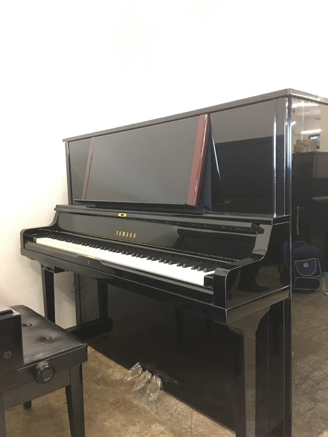 Used yamaha yus5 upright piano for sale singapore for Used yamaha pianos for sale