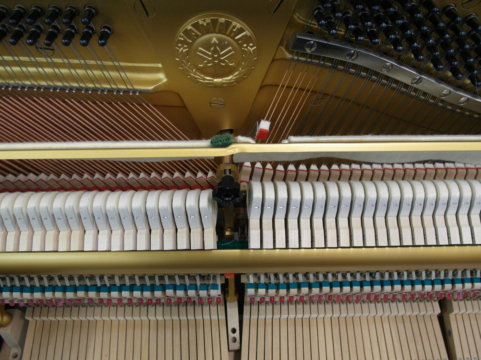 used yamaha piano U3 - excellent condition - interior logo