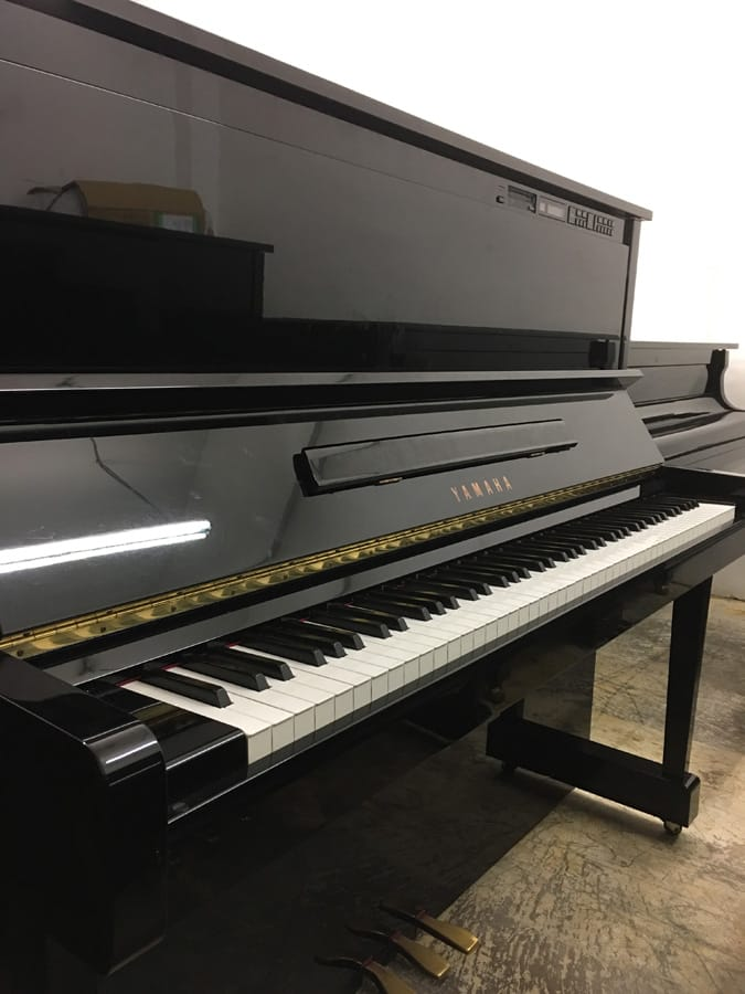 Used yamaha mx100mr upright piano for sale singapore for Used yamaha pianos for sale