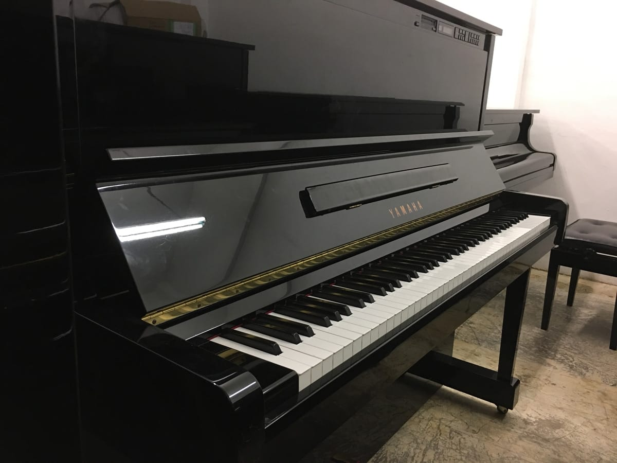 Used yamaha mx100mr upright piano for sale singapore for Yamaha piano upright
