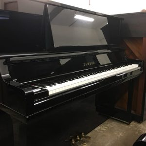 Yamaha UX-10A Upright piano