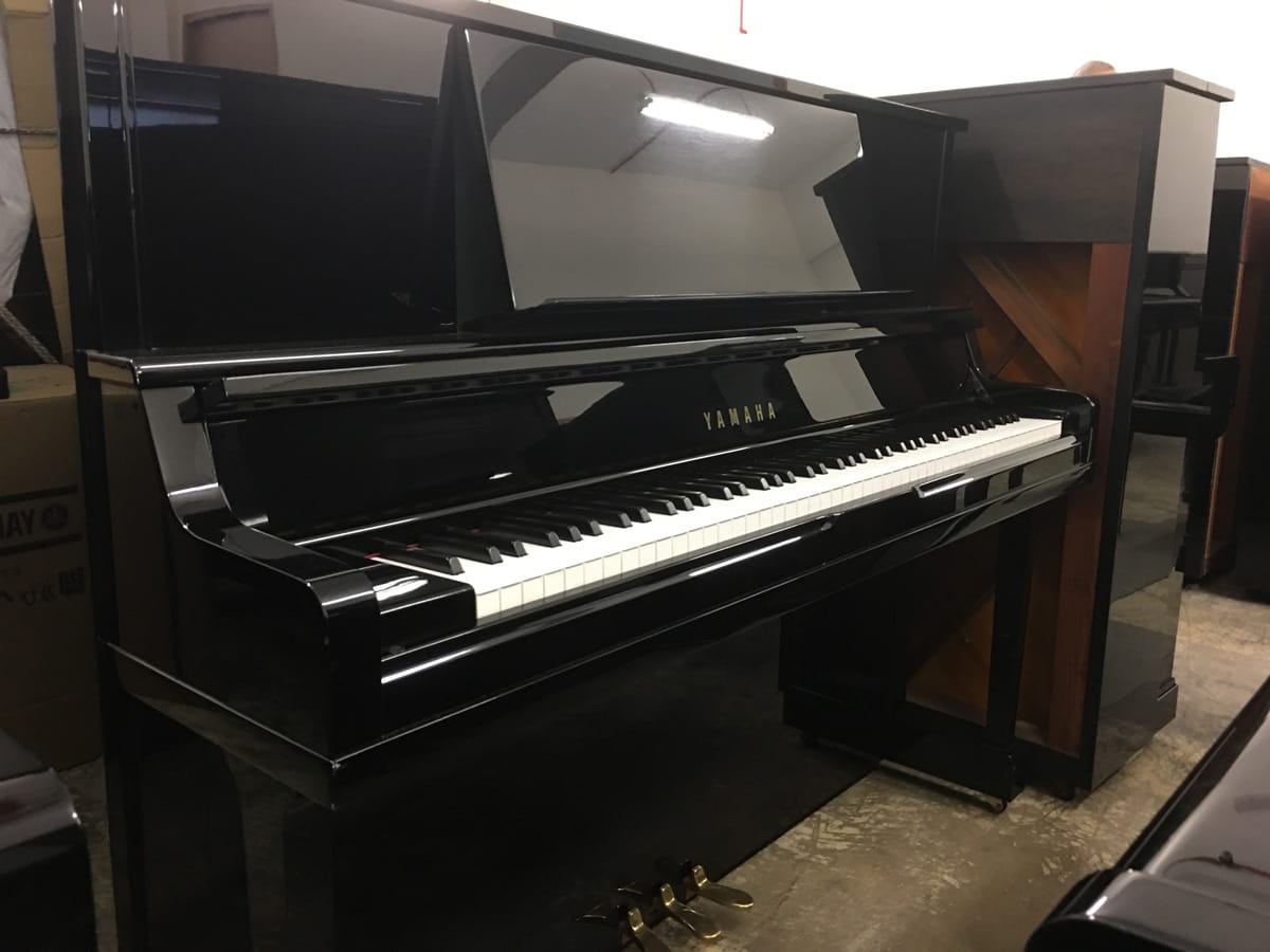 Used yamaha ux 10a upright piano for sale singapore for Used yamaha pianos for sale