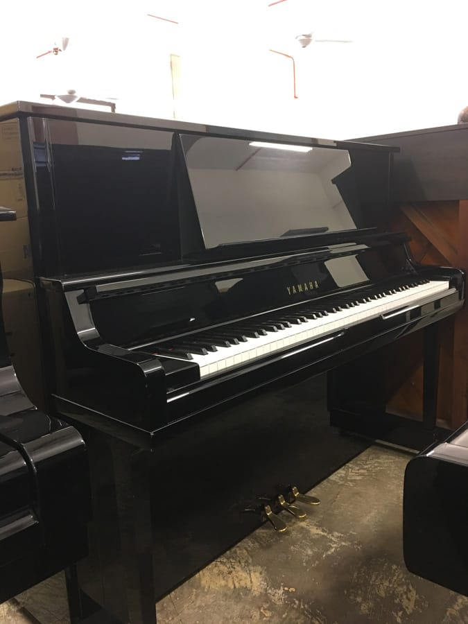 Used yamaha ux 10a upright piano for sale singapore for Refurbished yamaha piano